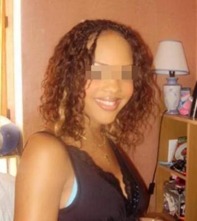 Fille pas coincée pour un homme célibataire pour une baise gratuite sur Saint-Herblain