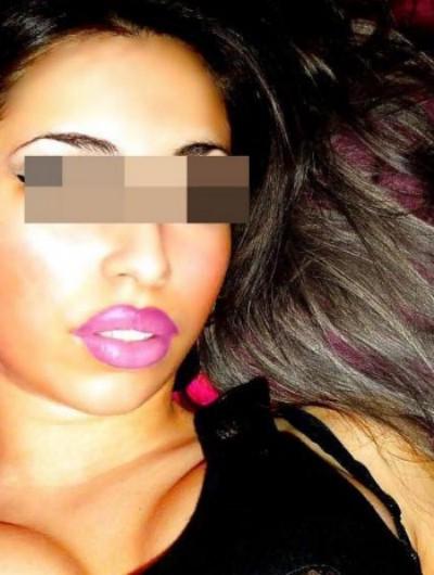 Véritable salope sur Orvault adorant la baise hard