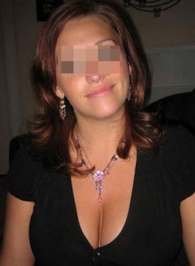 Belle fille libertine cherche un homme branché sexe à Île de Nantes